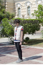 H&M t-shirt - pull&bear boots - Dr Denim jeans - Ray Ban sunglasses - H&M vest