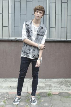 Forever 21 vest - asos jeans - Vans sneakers - pull&bear t-shirt