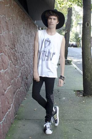 pull&bear jeans - Wonderplace Korea hat - Adidas sneakers - H&M bracelet