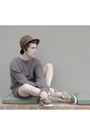 Zara-hat-pull-bear-sweater-pull-bear-shorts-zara-sneakers-h-m-ring