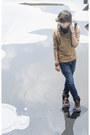 Frank-wright-boots-zara-jeans-pull-bear-sweater-pull-bear-scarf