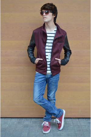Zara jeans - Zara jacket - Zara sunglasses - Vans sneakers - Zara t-shirt