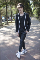 sammydress blazer - H&M vest - H&M t-shirt - pull&bear pants - Adidas sneakers