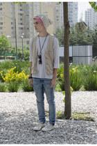 H&M jeans - H&M hat - Zara sunglasses - Lacoste sneakers - Pull & Bear vest