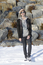 Zara blazer - H&M jeans - Ray Ban sunglasses - Vans sneakers - asos hoodie