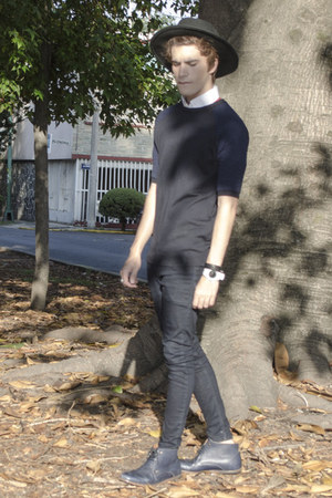 Frank Wright boots - asos jeans - H&M hat - asos sweater - tailor 4 less shirt