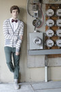 Frank-wright-boots-spicy-color-shirt-zara-pants-from-korea-cardigan