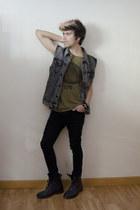 asos t-shirt - asos boots - asos jeans - Forever 21 vest - pull&bear bracelet