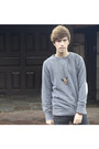 Paruno-boots-dr-denim-jeans-selected-sweatshirt-titimadam-necklace