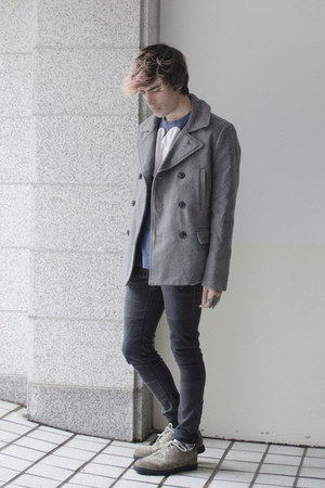 H&M coat - H&M jeans - Top Ten Korea socks - Self t-shirt - Kr3w sneakers