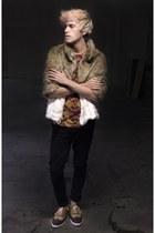 H&M coat - asos jeans - Zara t-shirt - Zara sneakers
