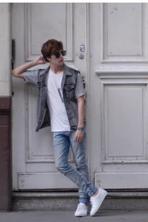H&M jeans - Aldo sunglasses - Forever 21 vest - Zara t-shirt
