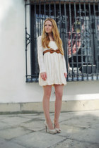 cream Pote dress - cream Zara heels