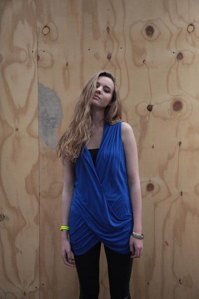 blue Heureka vest