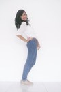 Beige-shubizz-shoes-navy-skinny-jeans-forever-21-jeans-white-top