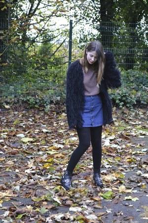Kurt Geiger boots - ark skirt - Zara jumper