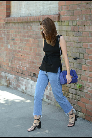 black Zara top - blue Levis jeans - blue Mulberry bag - black Topshop sandals