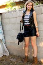 black f21 - brown vintage shirt - silver f21 necklace - brown Zara boots