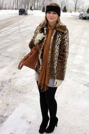 camel f21 scarf - black Zara boots - white asos gloves - black asos