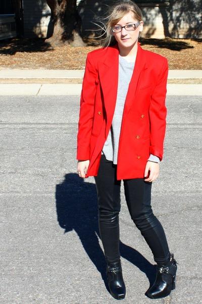black sam edelman boots - heather gray knit Forever21 sweater - red blazer