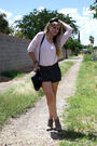 Black-h-m-shorts-pink-f-21-shirt