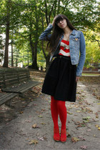 red Urban Outfitters tights - blue H&M jacket - bronze giraffe necklace