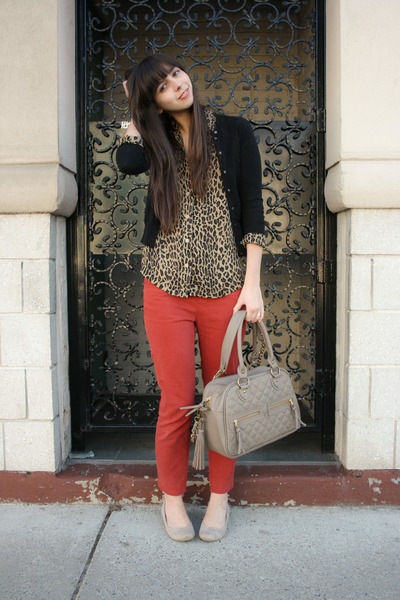 beige Blowfish shoes - leopard thrifted shirt - beige theIT bag - red Urban Outf
