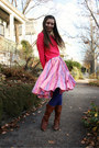 Dark-brown-frye-boots-hot-pink-h-m-sweater-violet-urban-outfitters-tights