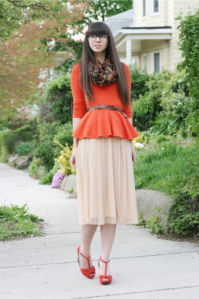carrot orange H&M top - brown H&M scarf - peach Urban Outfitters skirt