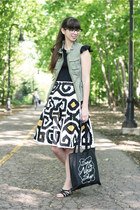 ivory Diane Von Furstenberg skirt - black unknown t-shirt