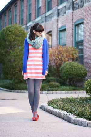 aquamarine Seams to Be scarf - light orange Jcrew dress