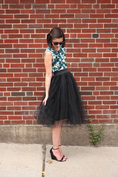 black Urban Outfitters skirt - teal Loft t-shirt - black Lulus sandals