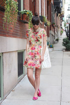 bubble gum Loft necklace - camel Urban Outfitters dress