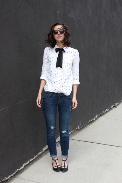 black asos tie - navy Old Navy jeans - white Urban Outfitters shirt