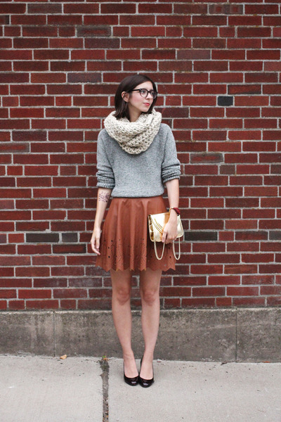 brown Nordstrom skirt - heather gray Lou & Grey sweater