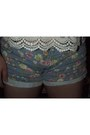 Sky-blue-forever21-shorts-cream-floral-lace-american-eagle-blouse