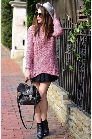 pink knitted Zara jumper - black ankle Gap boots - heather gray fedora Aldo hat