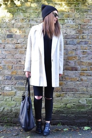 beige oversized River Island coat - black leather Zara boots