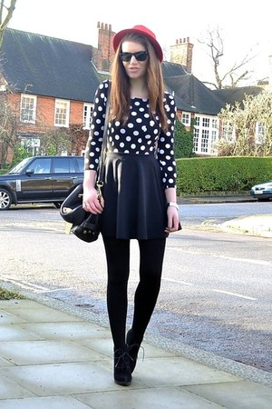 black dotted H&amp;M dress - red fedora H&amp;M hat - black cotton Primark tights