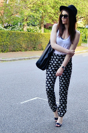 Black And White Printed Pants | Chictopia
