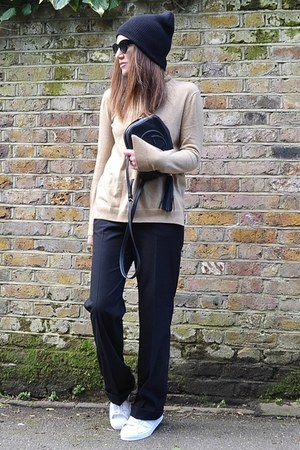 black leather Gucci bag - camel turtleneck Gap jumper - black loose Zara pants