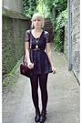 Blue-primark-dress-black-gifted-shoes-black-vintage-purse