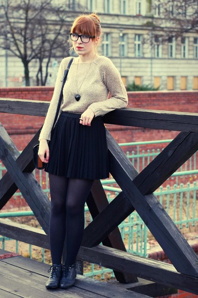 black H&M skirt - black new look boots - eggshell sequined new look jumper