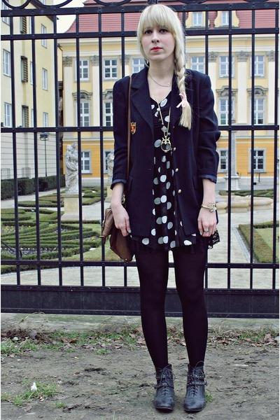 black Quiz shoes - black westrags dress - navy thrifted vintage blazer - brown P