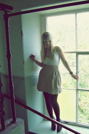 atmo skirt - atmo top - atmo shoes