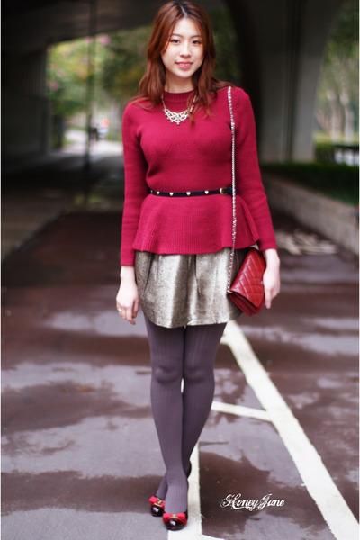 ruby red ferragamo heels - bronze dress - brick red Chanel bag