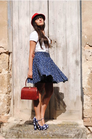 red Zara hat - white Zara t-shirt - blue Zara skirt - red Vintage from soho NY a