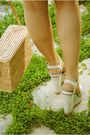White-pull-bear-dress-beige-stradivarius-shoes-beige-vintage-forn-ny-accesso