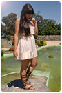 Beige-modcloth-dress-gold-pull-bear-necklace-brown-local-shop-on-athens-shoe