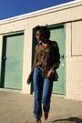Blue-levis-jeans-burnt-orange-vintage-blouse-tan-aldo-heels